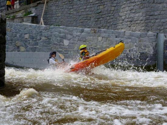 Detti és Somi a Moldva folyón.