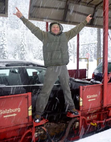 Hurrá, esik a hó!