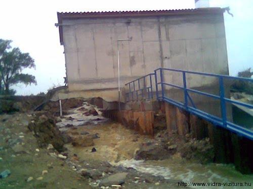 Az árvíz erejét jól mutatja, hogy a magyarlaki erőmű (Rába folyó) a párnapos magas víz után