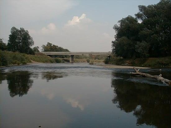 A sziget után már látható a Rumi Híd. 112,6 fkm.