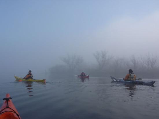 Szép ködös idő volt, szép volt a víz ilyen ködös időben.