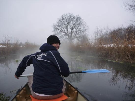 Mi Zsuzskával Navigátorba pattantunk, és elindultunk a Hévíz-patak zúgóin lefelé: