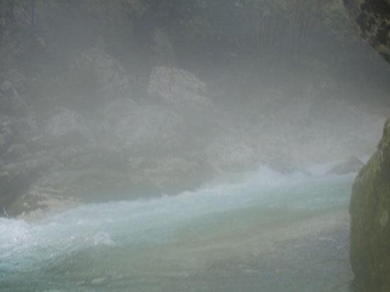 Ott a Gábor a képen a ködben.