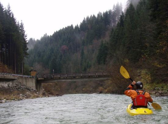 Eddig a hídig könnyű WW II, innen erősödik a víz, innen WW III-IV, majd a végére jön egy ötös zúgó.