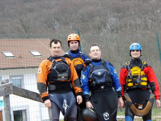 Csoportkép. Így eveztünk mi négyen: Laci, András, Gábor, Vidra.