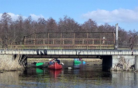Magas víz esetén közel van a híd...