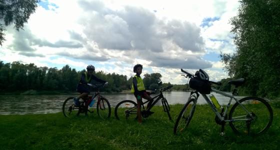 Vasárnapi kerékpározás